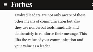 forbes - los mejores líderes usan comunicación no verbal para reinforcar sus mensajes