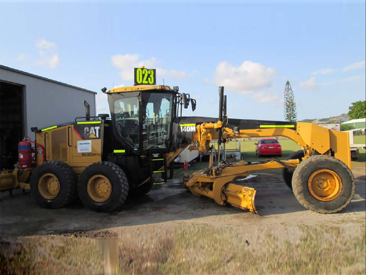 CATERPILLAR 140M GRADER FOR HIRE