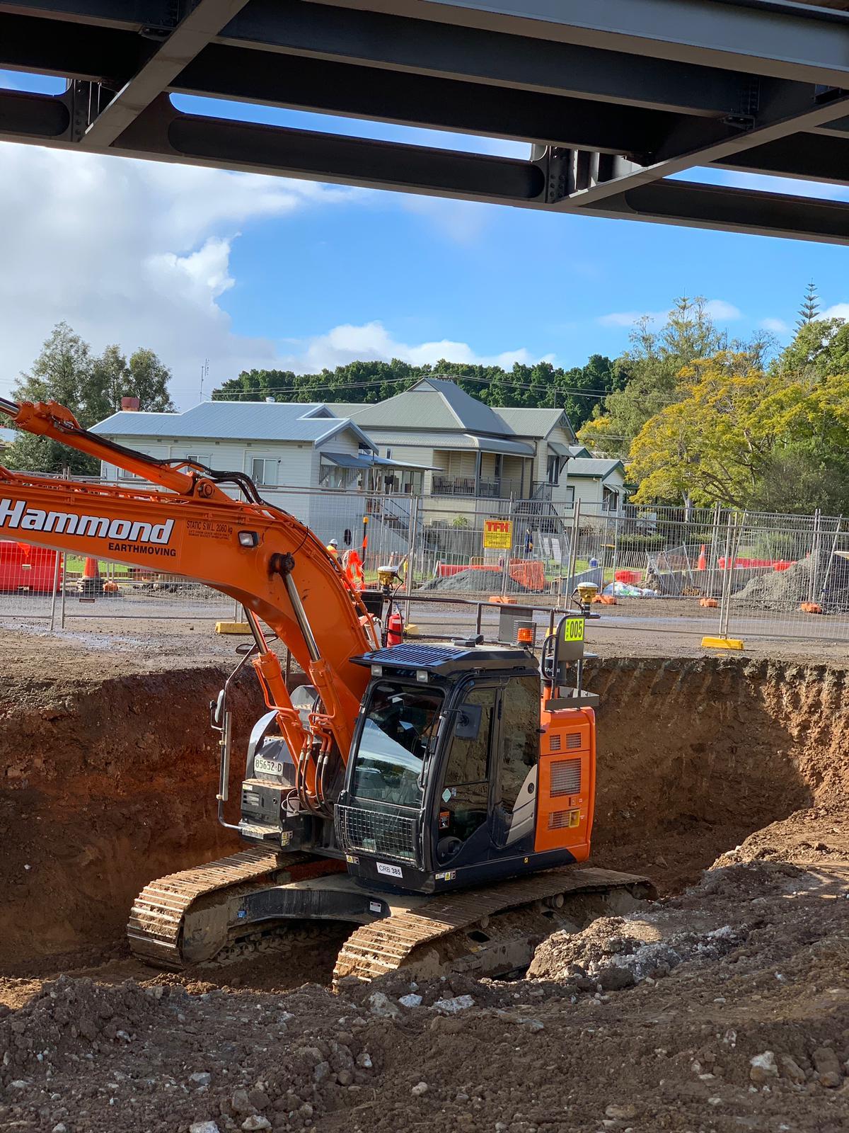 hammond-earthmoving-hire-excavators-brisbane