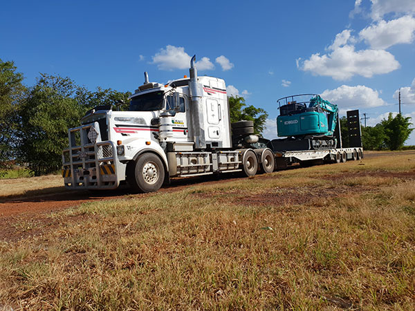 Hawe Earthmoving Float Hire Bundaberg