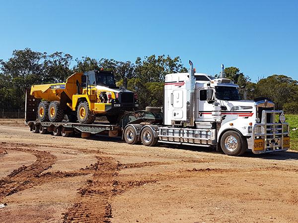Hawe Earthmoving articulated tipper truck transport truck Bundaberg