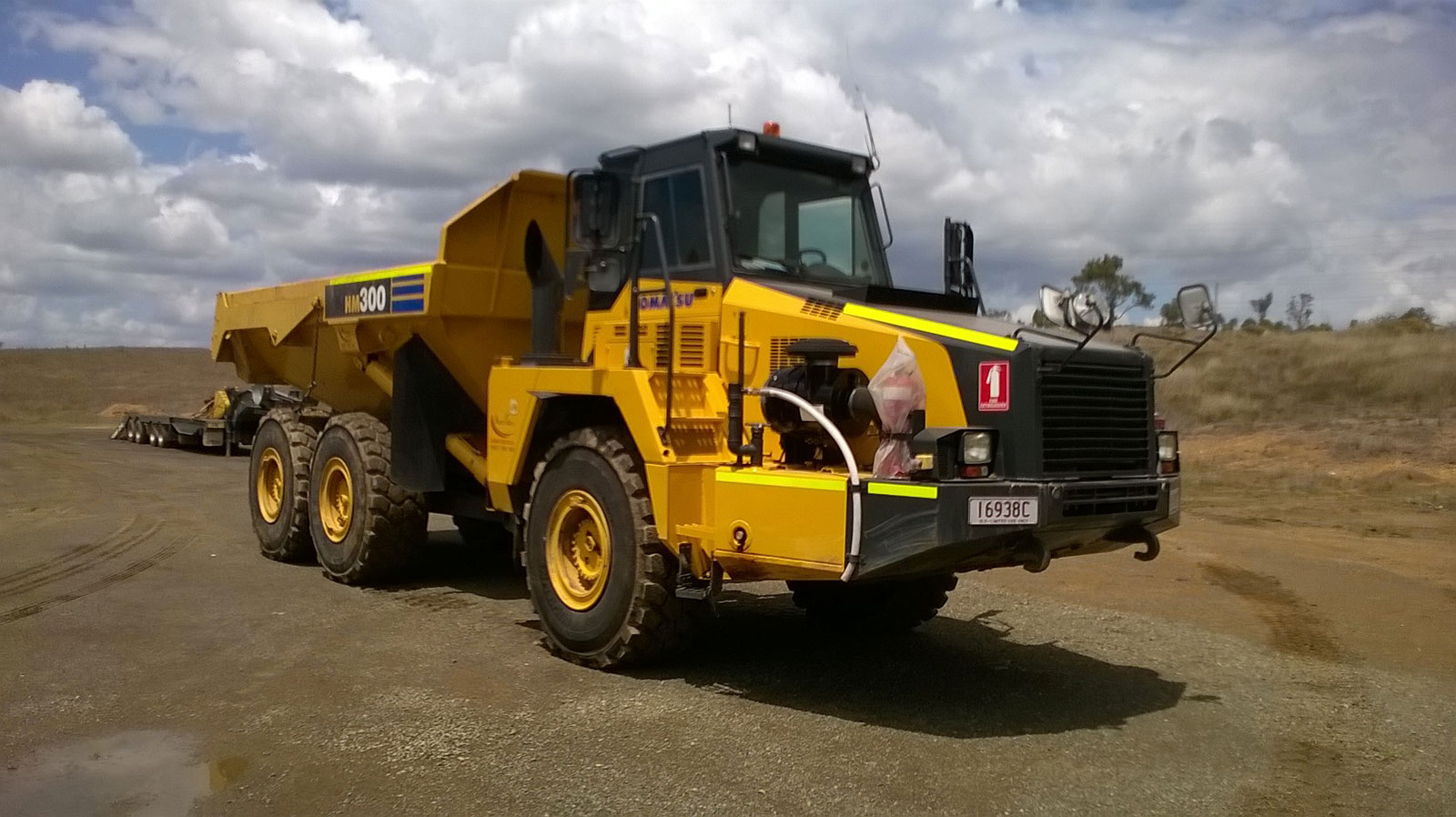 Hawe Earthmoving Komatsu HM300-2 6x6 2008 articulated dump trucks for hire Bundaberg