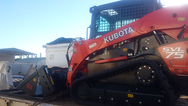 hawe-earthmoving-Kubota SVL 75- 2017 Tracked loader for hire Bundaberg