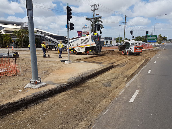 hawe-earthmoving-projects-Turning-Lane-installtion-Takalvan-St-Bundaberg-for-new-Coles-2-bundaberg