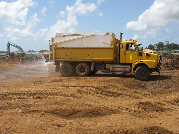 Hawe Earthmoving-yellow-water-cart-hire-bundaberg