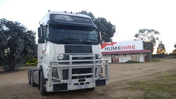 Hume Hire Road Truck FH16 hire lavington