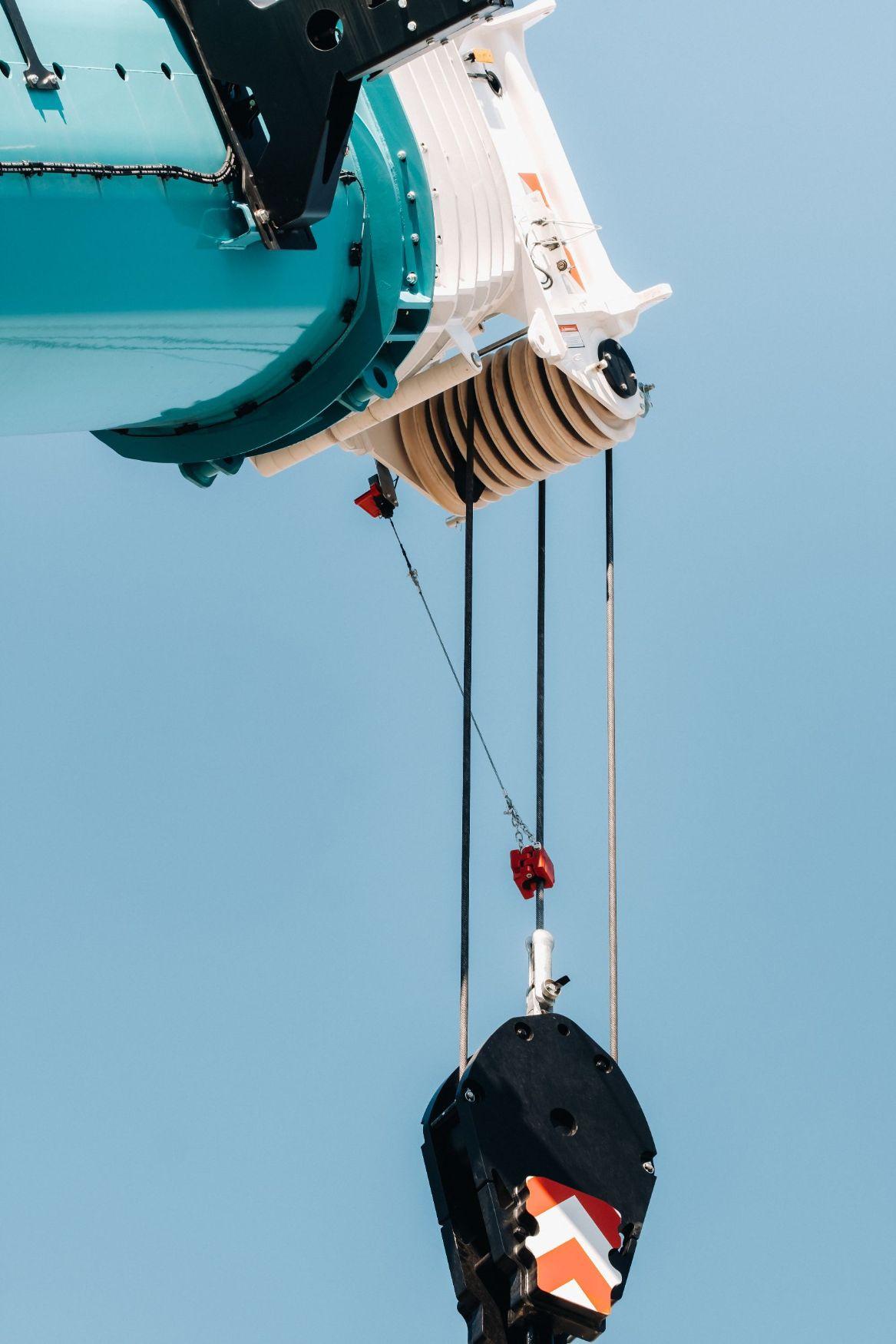 Crane winch