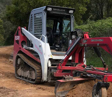 Latrobe Excavations TL 230 Takeuchi Posi-Track for hire in Hazelwood