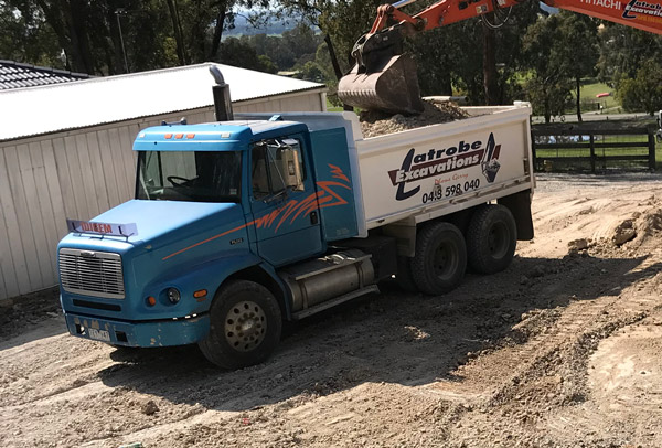 Latrobe Excavations 12.5 Tonne FI 112 Freightliner tipper truck for hire