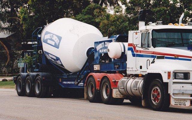 Mobile concrete batching plant for hire