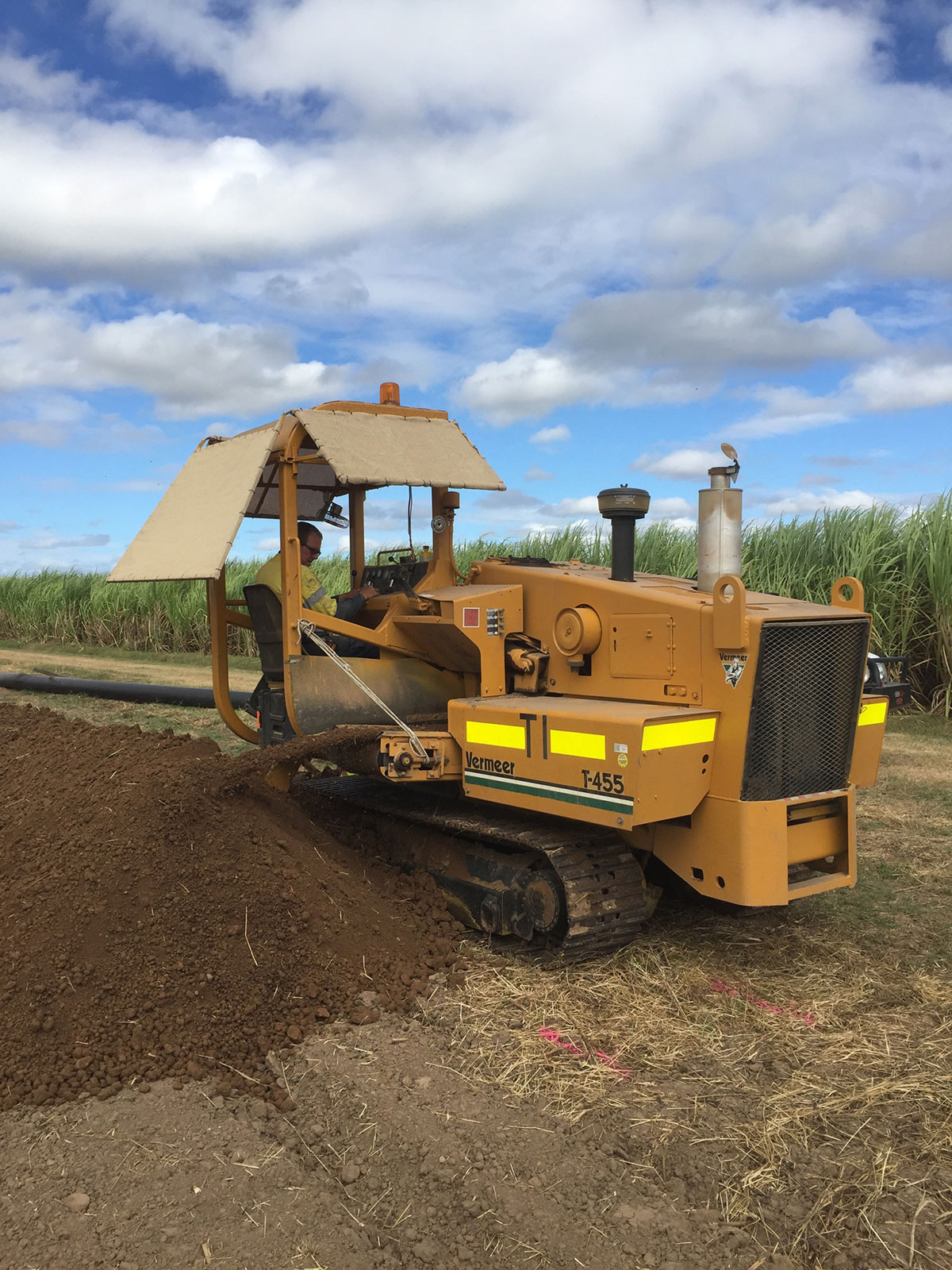 professional-excavations-earthmoving-services-townsville
