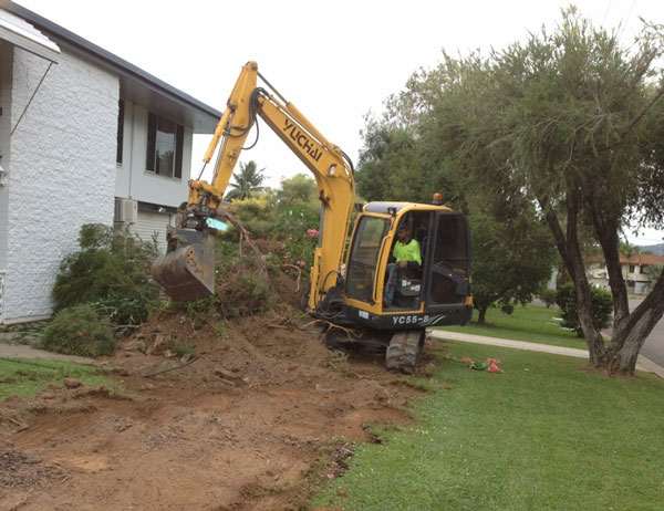 professional-excavations-earthmoving-services-cairns