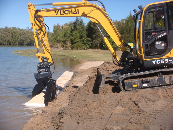 professional-excavations-earthmoving-cairns