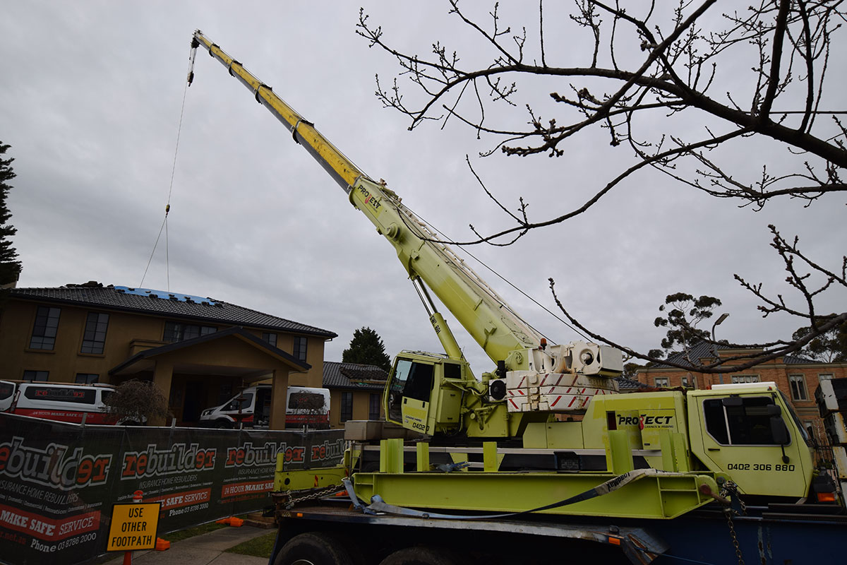 Project Cranes & Rigging mobile crane hire melbourne