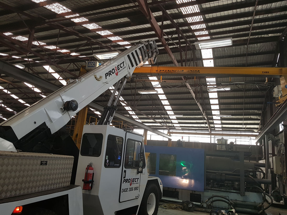 Project Cranes & Rigging franna crane hire Melbourne