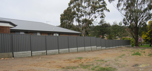 Ring A Retainer fencing contractors South Australia Adelaide