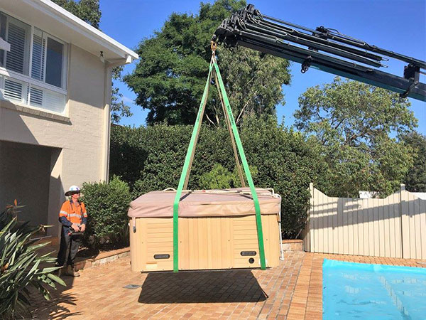 Scope Cranes & Logistics-spa-lift-Brisbane