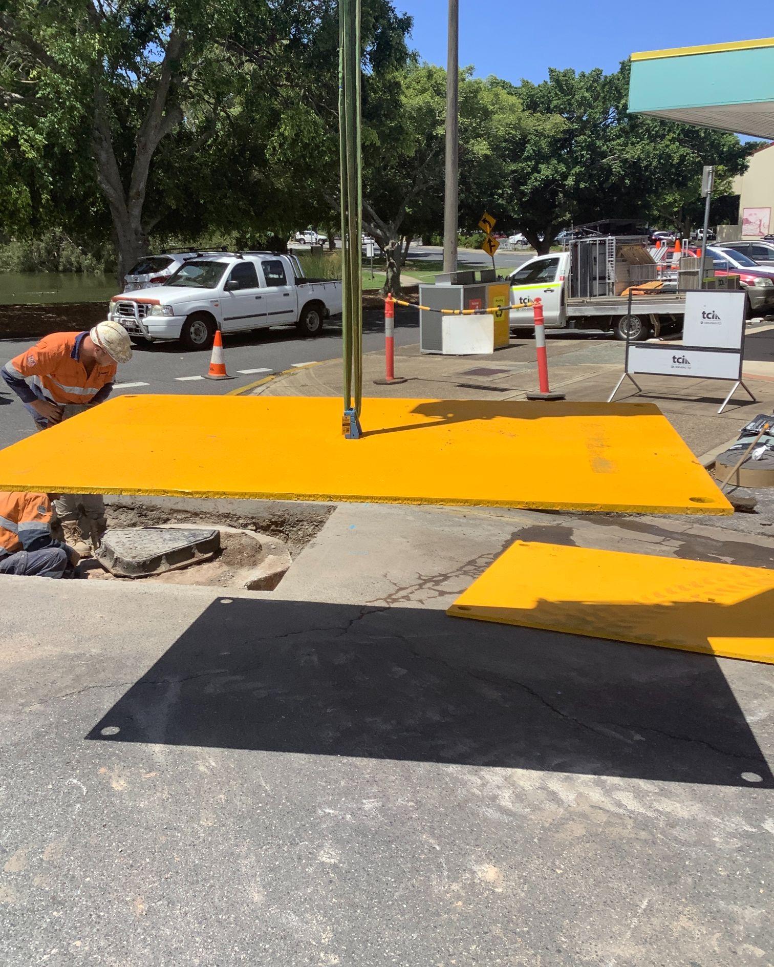 scopecranes steel road place hire in construction