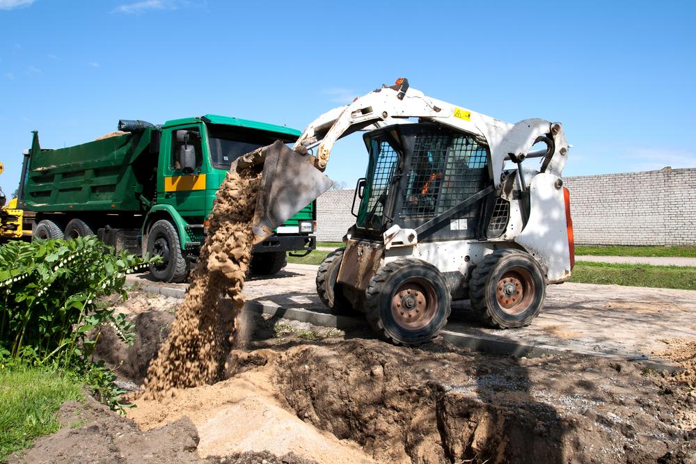 Caldme Excavations - skid steer loader hire