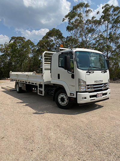 stanley-river-earthmoving-tipper-truck-hire-coolum