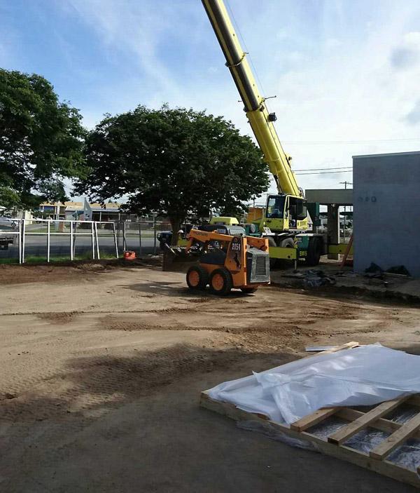 KFC 55t crane hire