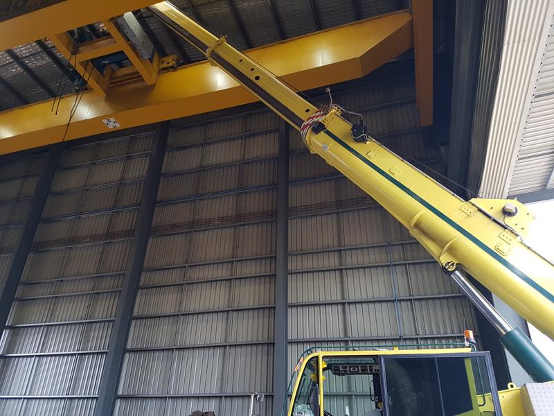 crane hire gantry assembly