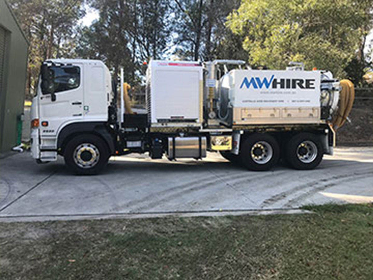 sucker-truck-hire-brisbane