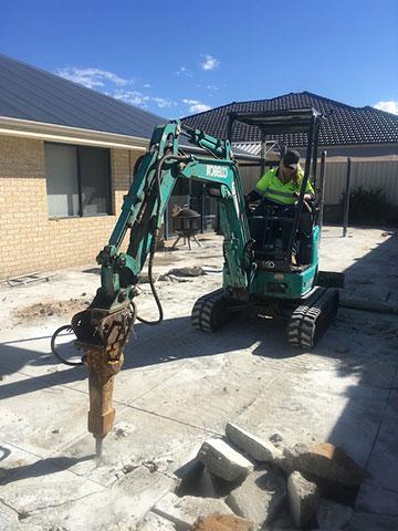 Sweeney Hire Excavators and Attachment Peel