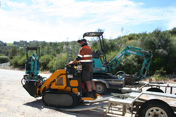 Sweeney Hire HY280 Yellow Hysoon 0.75 tonne Mini Digger for Hire