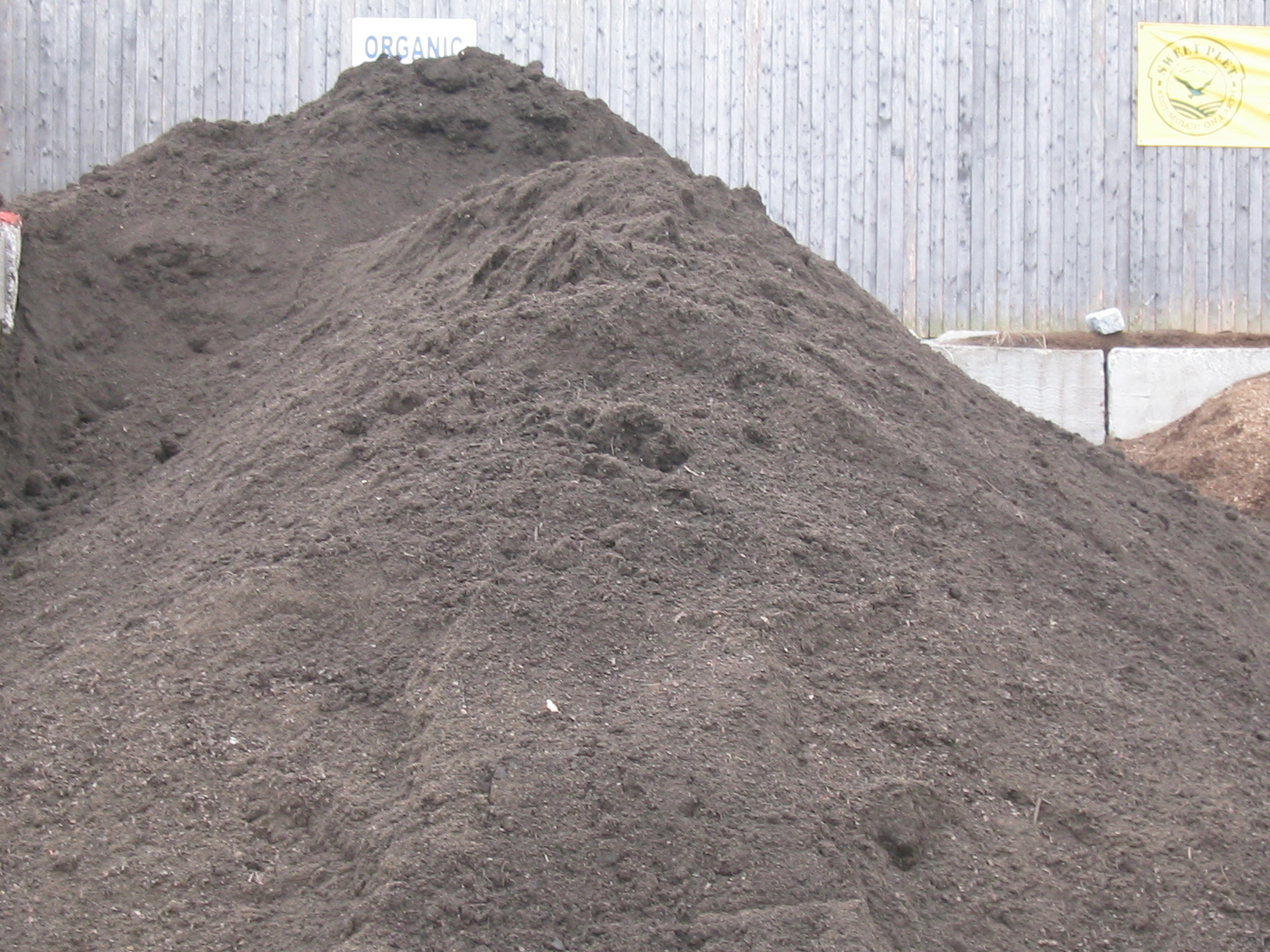 topsoil-fill-organic-WA-Sand-Supply-Transport
