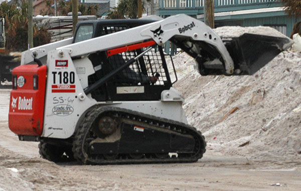 vernice-small-skid-steer-hire-perth-western-australia