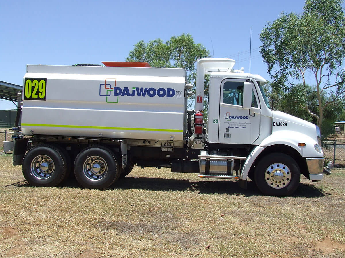 FREIGHTLINER CL112 WATER TRUCK FOR HIRE