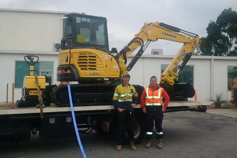 yanmar excavator and compactor enlarge